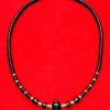 สร้อยกะลาสลับทองคำแท้ : หัวขุนไม้พญางิ้วดำ + ห่วงทองคำ + เม็ดทองคำรวม 16 เม็ด + เม็ดไม้มงคล (กลม + ลักบี้)